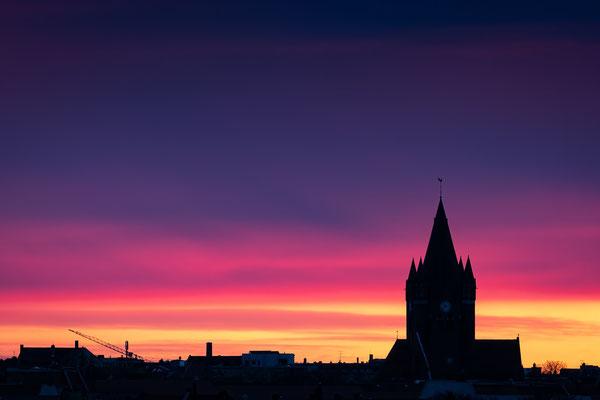 Pauluskirche im Morgenlicht