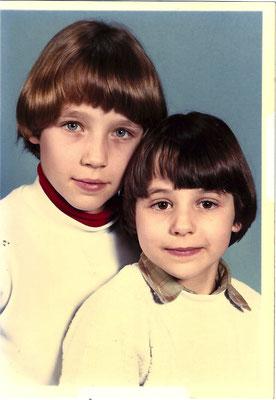 Ma soeur et moi, à l'école primaire, année 81