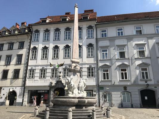 Ljubljana Tipps Robba Brunnen