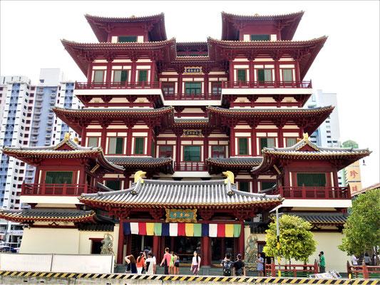Chinatown Singapur Sehenswürdigkeiten Buddha Tooth Relic Tempel