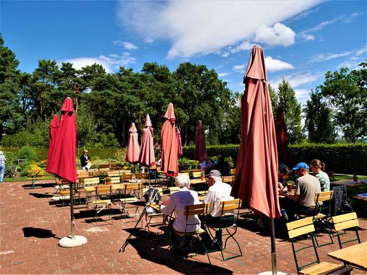Berlin where to go: Sommercafé Landhausgarten
