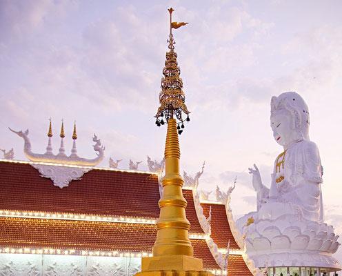 Chiang Rai Tipps Wat Huay Pla Kang Tempel