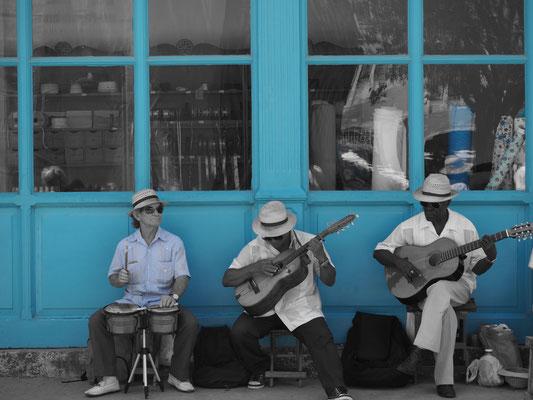Kuba Reisebericht: Straßenmusiker in Havanna