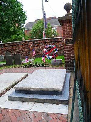 Philadelphia Reisebericht Benjamin Franklin Grab