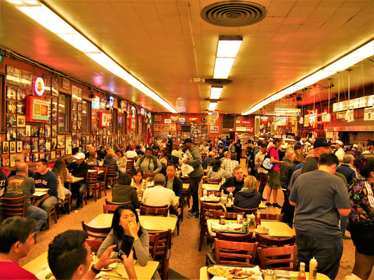 New York Restaurants: Katz' Delicatessen
