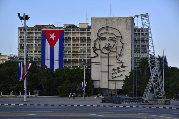 Kuba Reiseinfo Havanna Castro