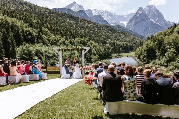 Hochzeitsrednerin Ursula Weber Riessersee - Foto: Anna von Hafenbrädl Photography