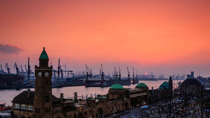 St. Pauli Landungsbrücken - Sonnenuntergang