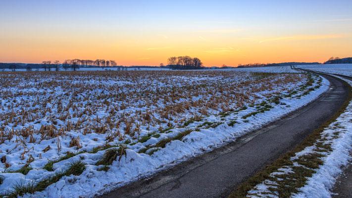 Winterlicher Sonnenuntergang in der Nähe der Bifurkation