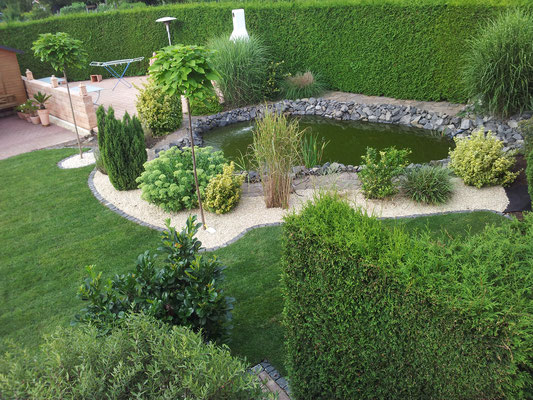 Beete rabatten gartengestaltung saliger for Gartengestaltung beete anlegen