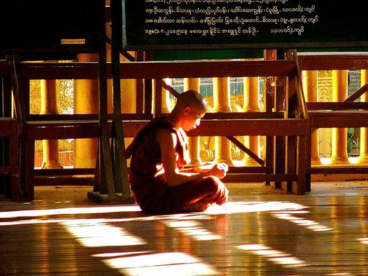 BURMA   Buddhism