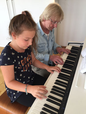 Ullis Studio Hamburg - Klavierunterricht für Kinder