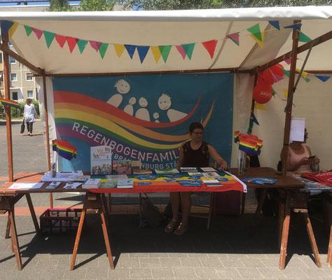 Regenbogenfamilien LSVD Gleichstellungsbeauftragte Stand