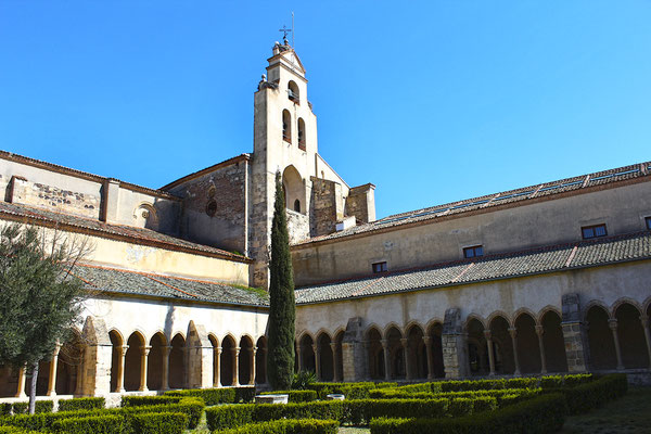 Iglesia y convento de la Soterraña en Santa María la Real de Nieva (Segovia)