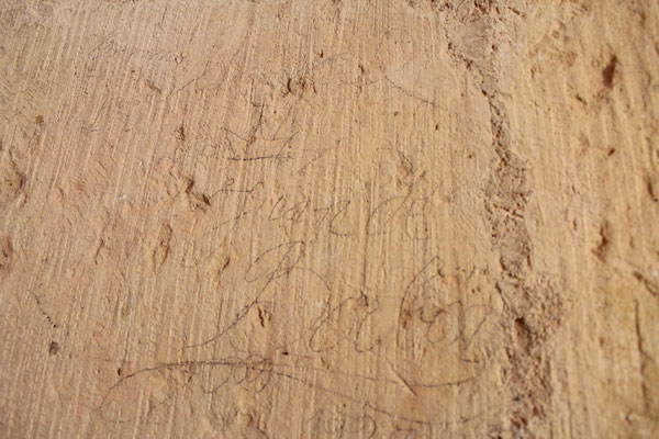 Firma que dejó en el interior de la escalera de la torre Don Juan de Borbón