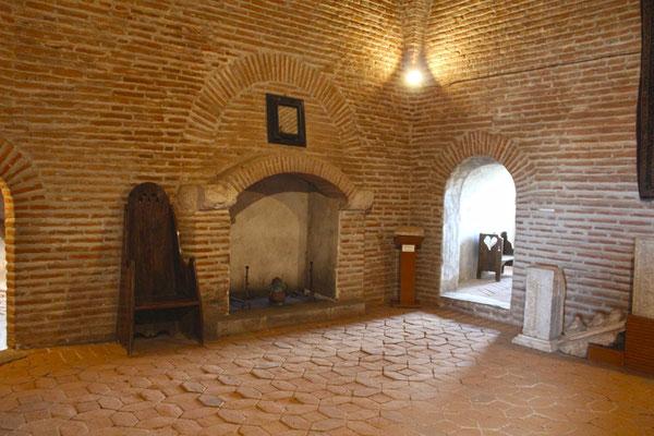 Interior castillo de Coca