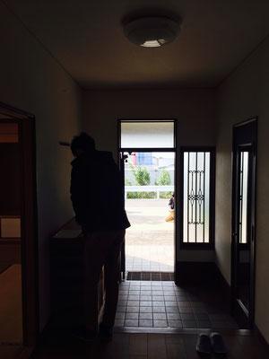 玄関脇にはウォークインのシューズクローゼット!めっちゃ広い!収納心配いらず!