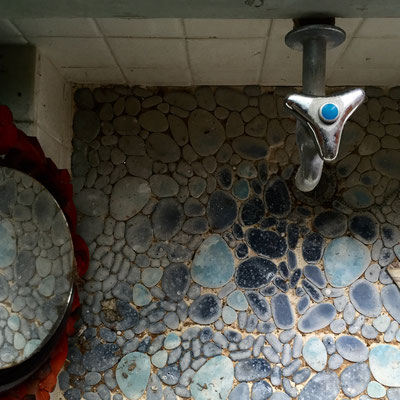 洗面台もグッドデザイン!オールドハウス定番です!