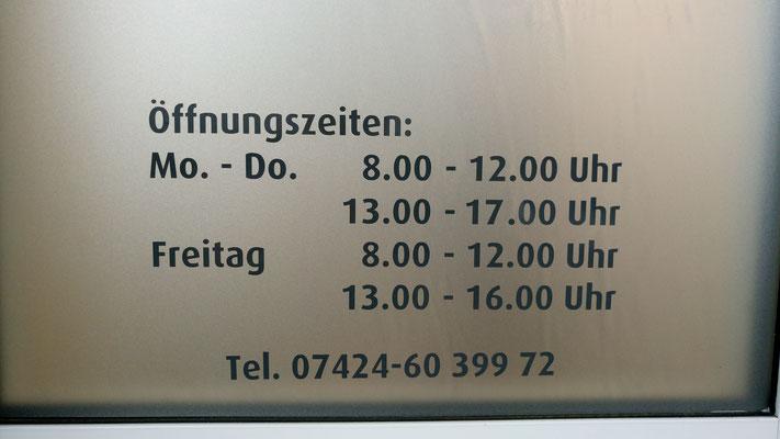 Glasdekor auf Glastüre -Fetzer Beschriftungen Aldingen-Aixheim-