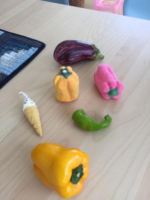 粘土で野菜