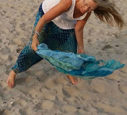 In den Tanzworkshops kannst du Vertrauen in deine innere Stärke und eine gesunde Abgrenzung finden