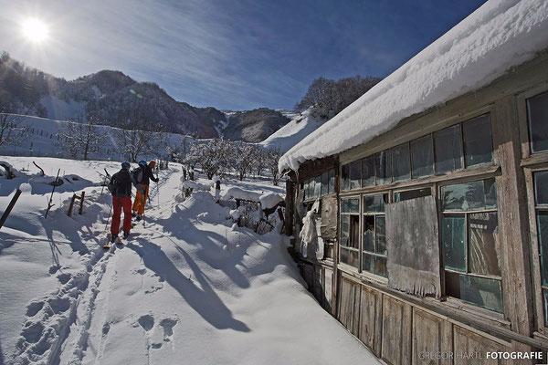 Gudauri: Ausgangspunkt zur Skitour zum Kloster Lomisi