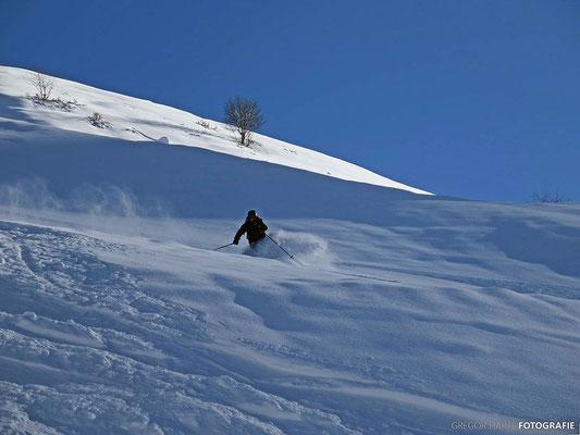Gudauri: Abfahrt von der Skitour zum Kloster Lomisi