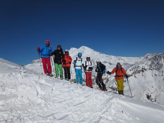 Cheget: Immer im Blick - der Elbrus