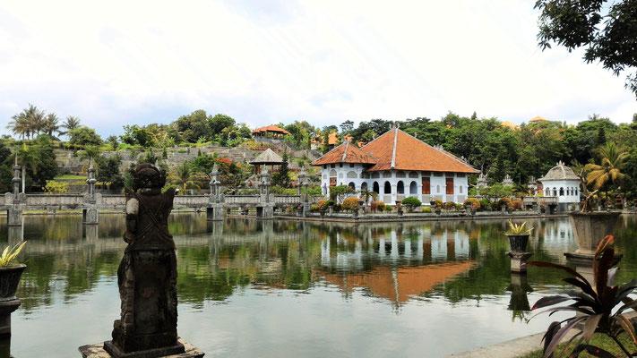 TEMPLE DE TIRTA GANGGA PALACE BALI