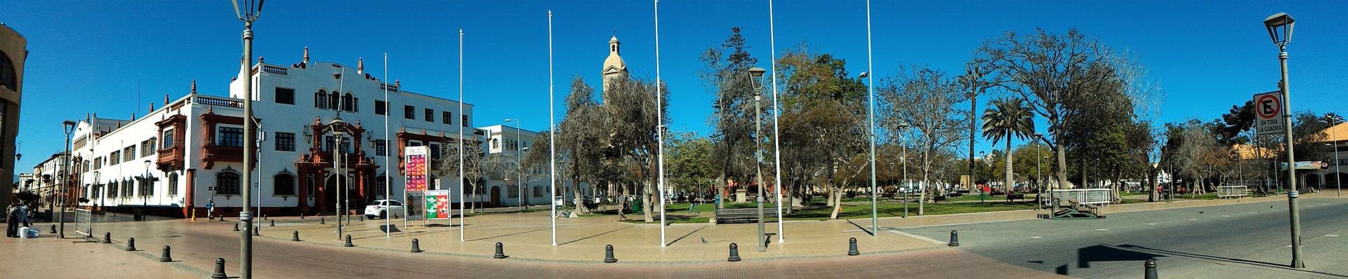 PANORAMIQUE DE LA PLACE D'ARMES LA SERENA CHILI