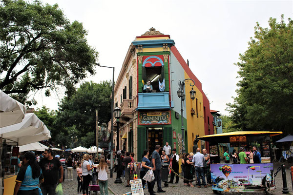 LE CAMINITO DANS LE QUARTIER DE LA BOCA A BUENOS AIRES ARGENTINE