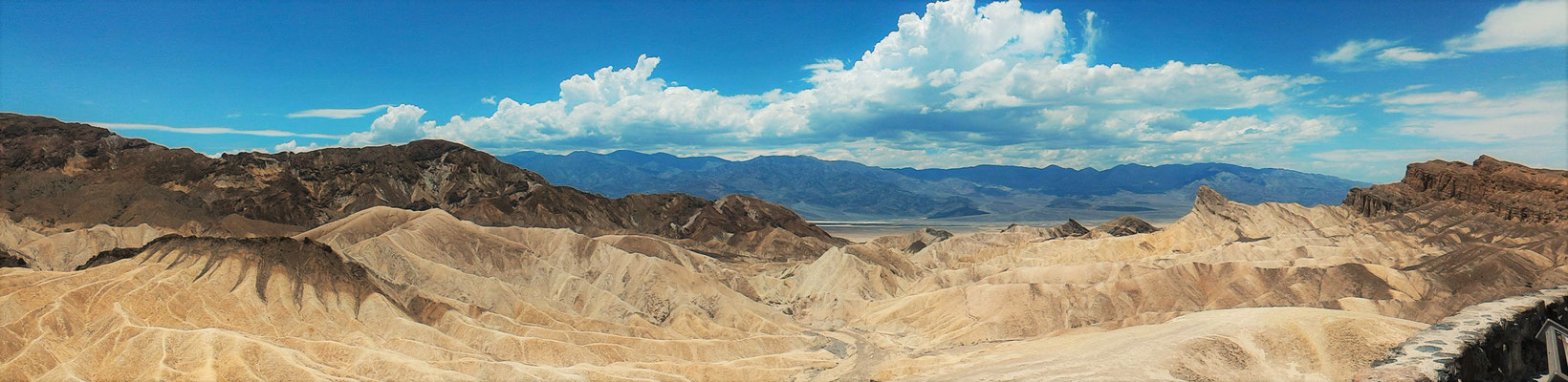 ZABRISKIE POINT DEATH VALLEY NP CALIFORNIE
