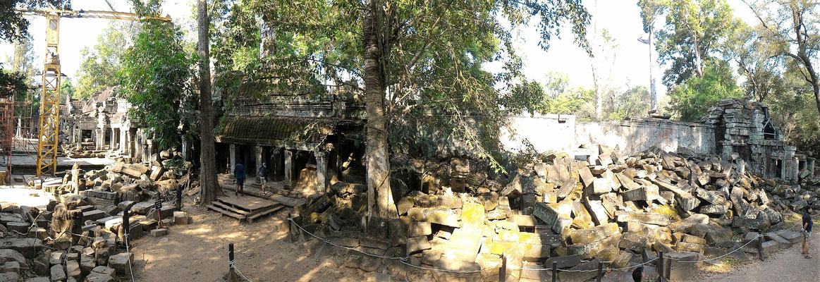 PANORAMIQUE AU TEMPLE TA PROHM EN COURS DE RESTAURATION TEMPLES D'ANGKOR AU CAMBODGE