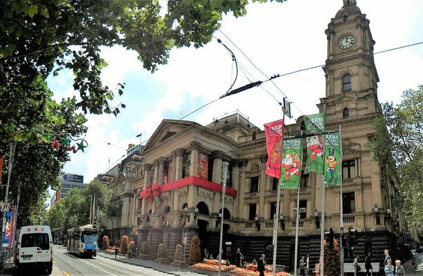 LA MELBOURNE TOWN HALL ETSES DECORATIONS DE NOEL SUR LE PARCOURS ARCADES ET LANES MELBOURNE AUSTRALIE