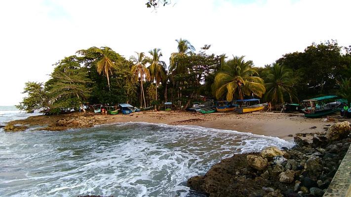 LE PORT DE PECHE DE CAHUITA COSTA RICA