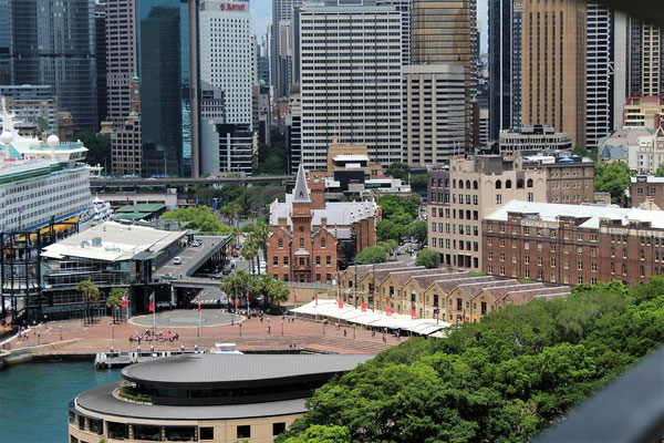 CIRCULAR QUAY THE ROCKS ET LA CITY DEPUIS LE HARBOUR BRIDGE SENS NORTH SYDNEY SYDNEY AUSTRALIE