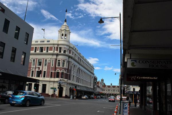 UNE RUE DE DUNEDIN ILE DU SUD NZ