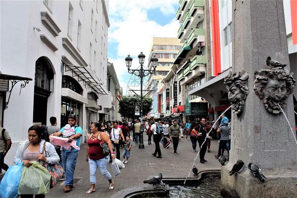 L'AVENIDA CENTRALE COURSES DE NOEL A SAN JOSE COSTA RICA