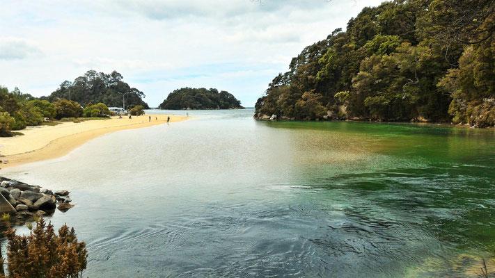 PLAGE A KAITERITERI  ILE DU SUD NZ
