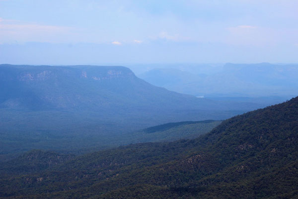LES BLUES MOUNTAINS DEPUIS SUBLIME POINT LOOKOUT A LEURA LES BLUES MOUNTAINS NP AUSTRALIE