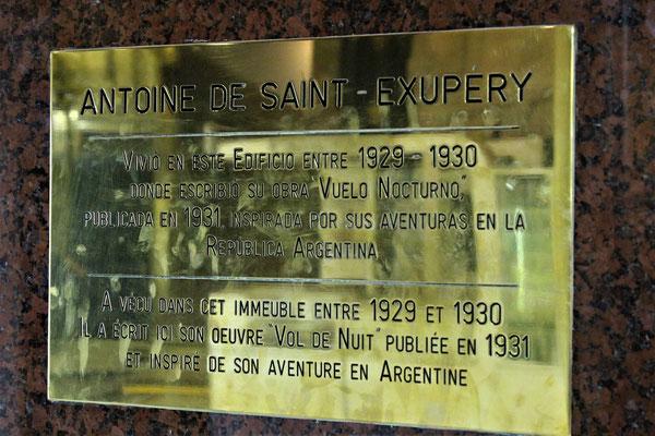 PLAQUE DANS LA GALERIE DU MIRADOR DUEMES GALLERY A BUENOS AIRES ARGENTINE
