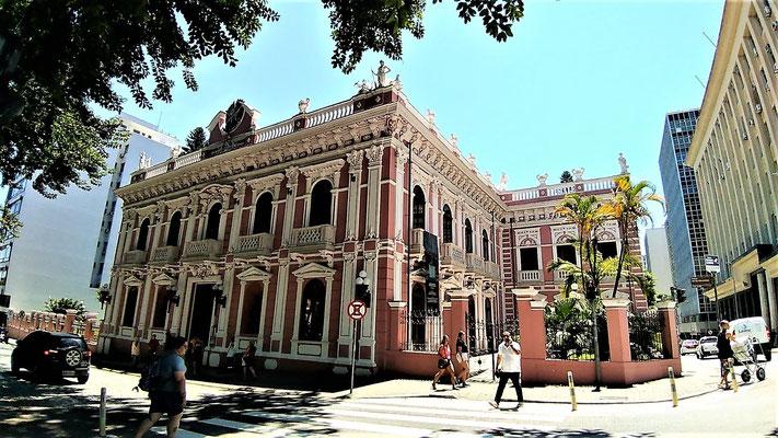 LE PALACE CRUZ E SOUSA A FLORIANOPOLIS BRESIL