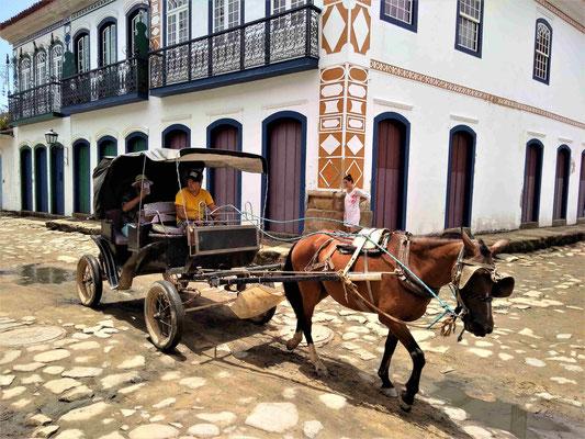 CALECHE AU CENTRE HISTORIQUE PARATY BRESIL