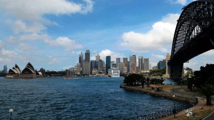 LE HARBOUR BRIDGE CIRCULAR QUAY ET L'OPERA DEPUIS NORTH SYDNEY AUSTRALIE
