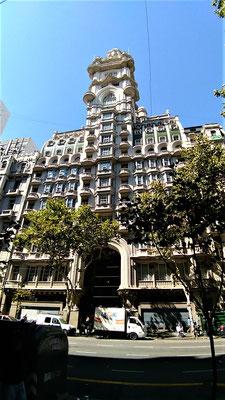 L'AVENUE DE MAYO AVEC LE PALACE BAROLO  A BUENOS AIRES ARGENTINE