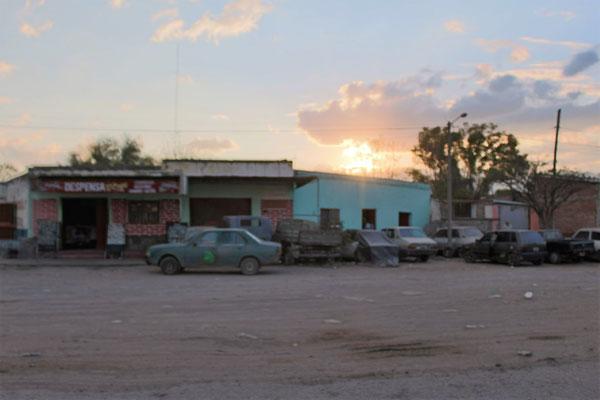 ENTREE DU VILLAGE DE GUERMES SUR LE BORD DE LA ROUTE ENTRE JUJUY ET SALTA ROUTE NORD SALTA ARGENTINE