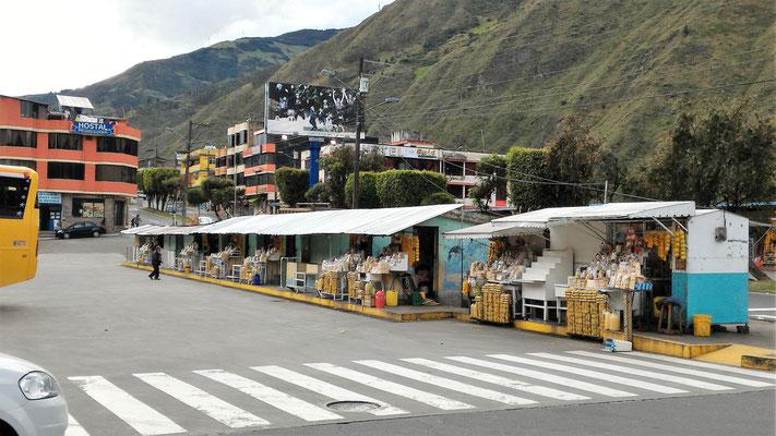 KIOSQUES A LA GARE ROUTIERE ENTREE DE BANOS TUNGURAHUA EQUATEUR