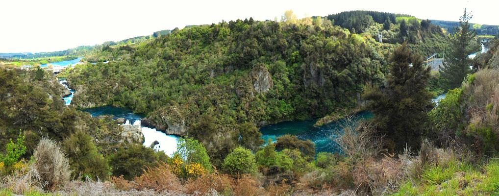 PANORAMIQUE ARATIATIA RAPIDES HUKA FALLS TAUPO NZ