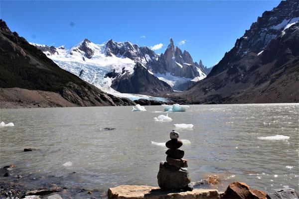 A LA LAGUNE TORRE EL CHALTEN PANAGONIE ARGENTINE
