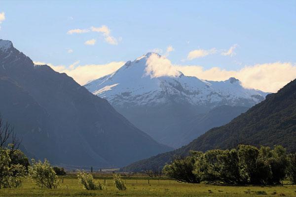 UN SOMMET DES ALPES NZ ILE DU SUD NZ